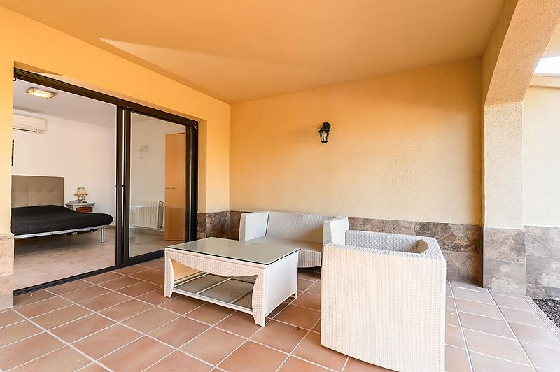 BEAUTIFUL 4 BEDROOM VILLA VERY PRIVATE WITH LARGE GARDEN AND SWIMMING POOL