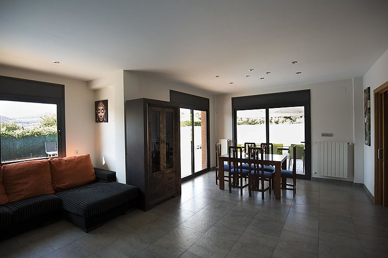 Newly built house, with private garden and pool, in Calonge.