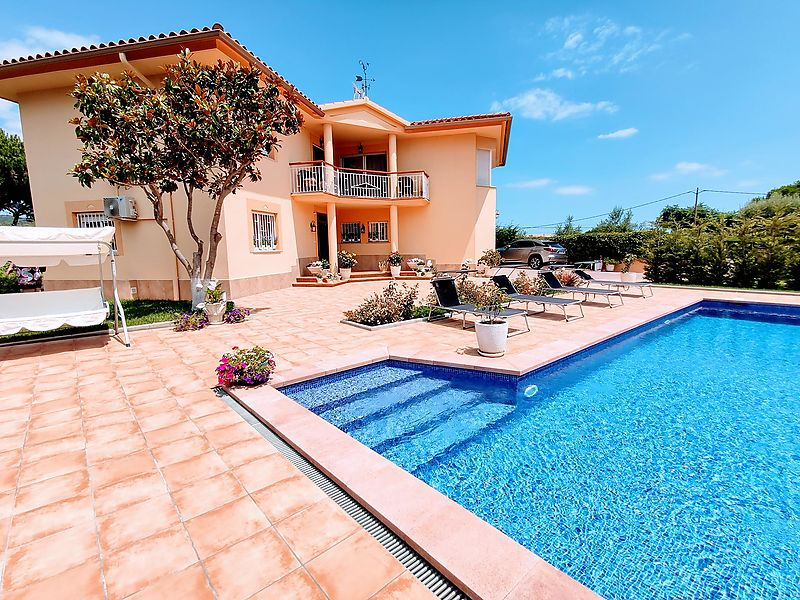Nice house in Puig ses Forques with 5 bedrooms